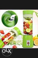 Awoof-Rechargeable Portable Electric Juice Cup (Mini Blender/ Fruit