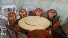 Round marble dinning table with 8seat