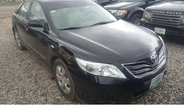 Direct 2011 Toyota Camry Fabric Super Clean Buy and Drive First Body Ikeja - image 2