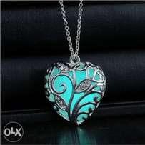 Women's Glow in the dark necklace gifts for her