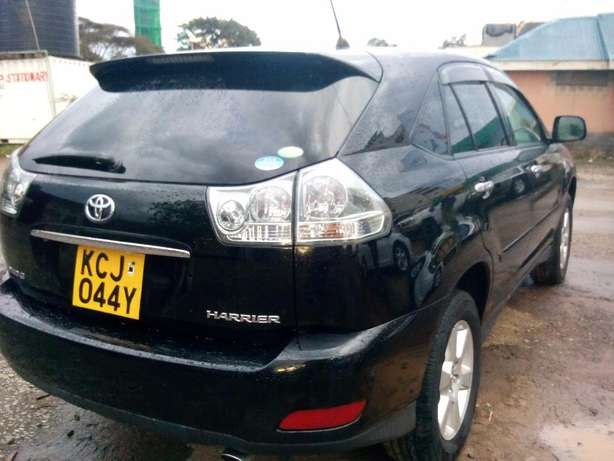 Black Toyota Harrier 2010 Hurlingham - image 3