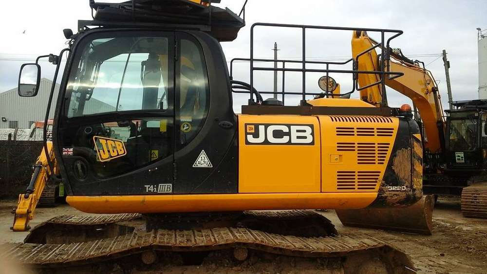JCB Js 220 Lc Plus - 2015