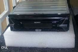 Used Sony cdx 1150u, mp3/usb, free delivery within Nairobi cbd.