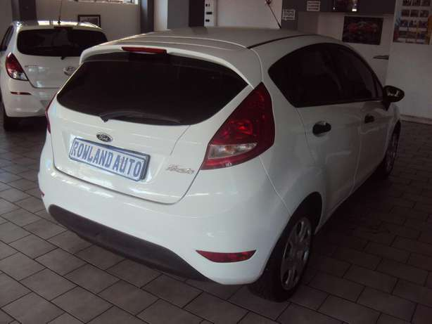 2012 Ford Fiesta 1.4 for sell R105000 Bruma - image 5