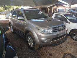 2010 Toyota Fortuner Automatic