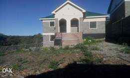 This is a nice 3 bedroom bungalow in Ongata Rongai.