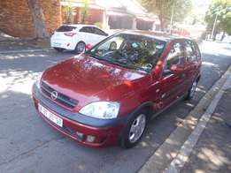Opel Corsa Gamma 1.6 Sport 2006 model 85000km Maroon in color R59000