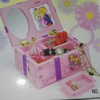 Girls musical jewellry box