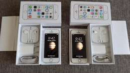 2 x Spotless iPhone 5(S) - Sold separately