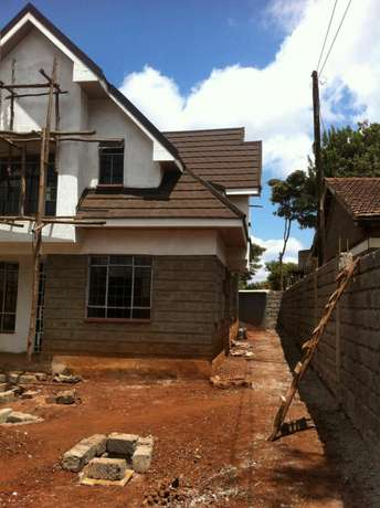 House for Sale 16M Ngong Township - image 3