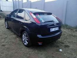Ready to go! Ford focus 1.6l with extras for R63000