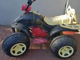 quad bike for sale as is.electrical prob n need battery