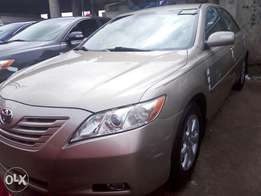 Gold color Toks 2008 Toyota camry for sale. Lagos cleared