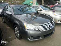 Toks 2007 Toyota Avalon. Gray. Tincan cleared