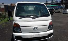 Hyundai H100 2.5 Colour White 3 Doors Model 2013 Factory A/C&CD Player