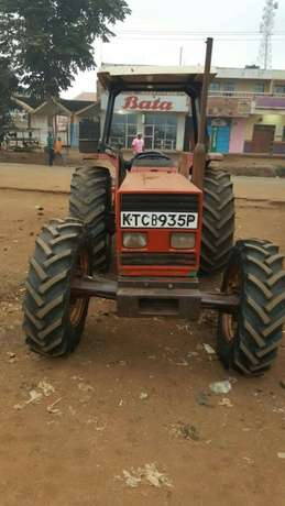 Tractor ford 8066 Thika - image 1