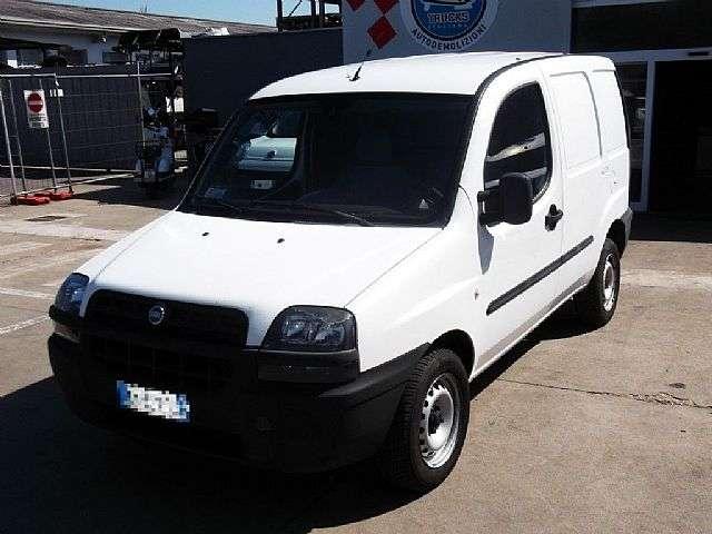 Sidste nye Fiat DOBLO 1.3 MULTIJET CARGO - 2005 til salg | Tradus EL-92