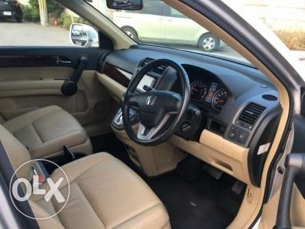 Honda CR-V 2011, Foreign Used For Sale Asking Price 2,400,000/=o.n.o Highridge - image 2
