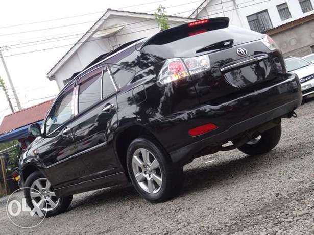 Toyota Harrier with panaromic roof 2011 model excellent condition Kilimani - image 2