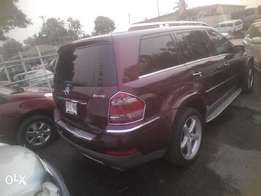 newly imported mercedes benz GL550,4MATIC,fully loaded,revcam,dvd,navi