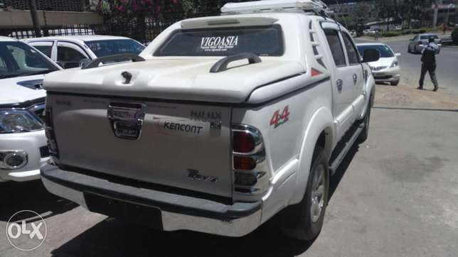 Toyota Hilux Double cab KCP number 2011 Model. Facelift 2016 Loaded w Mombasa Island - image 4