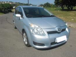 7 Seater Toyota Verso