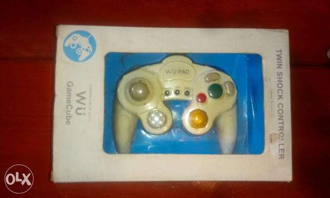 Nintendo wii or gamecube wiered controller new in box
