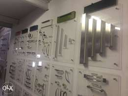 Cabinet fittings and handles