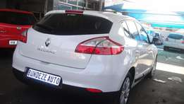 Pre owned 2015 Renault magane 1.6