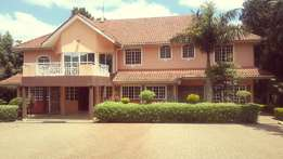 Eight Bedroom House in Nyari for Sale