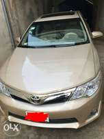 1 month registered 2012 Toyota Camry SE selling very cheap
