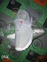 New Nike canvas for sale