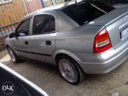 opel 1.8 mint condition
