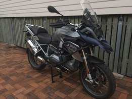 BMW R1200GS with full factory options 2015