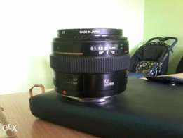 Ef 50mm canon lens