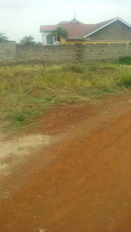 Own a land in Juja - 1/8 acre Ten min drive way from Thika super highway Thika - image 5