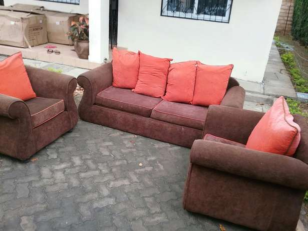 5 sitter Seats For Sale Mombasa Island - image 2