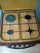 Ramtons Cooker and Gas Cylinder