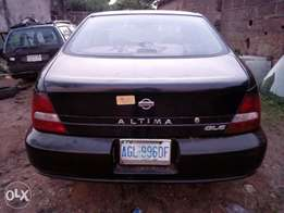 Extra clean nissan altima
