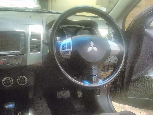 Mitsubishi Outlander 2007 for sale Kilimani - image 5