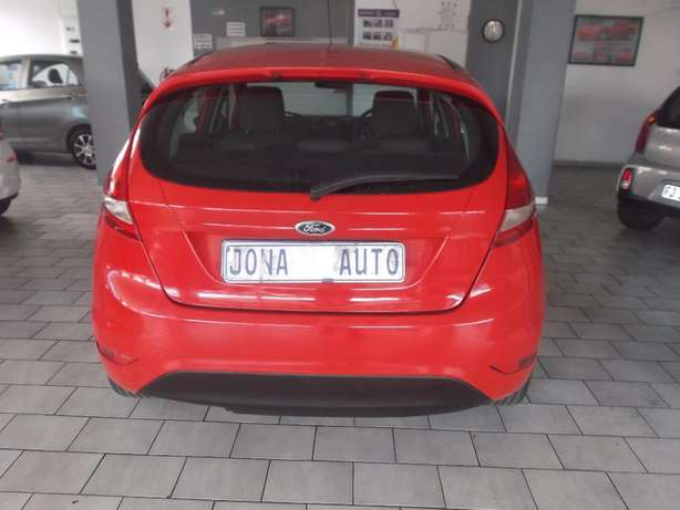 Pre Owned 2012 Ford Fiesta 1.6 Johannesburg - image 6