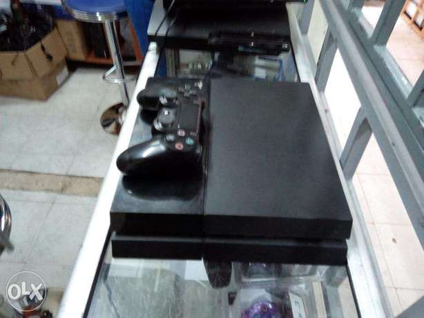 Ex UK PS4 Refurbished and certified with One Year warranty Nairobi CBD - image 3