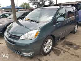 Clean Title Toyota Sienna CLE