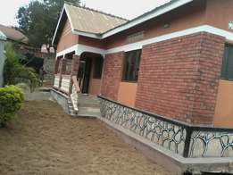 Stand Alone three bathrooms in Bukoto for rent