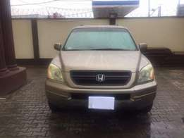 Honda pilot very clean 2004 buy and drive