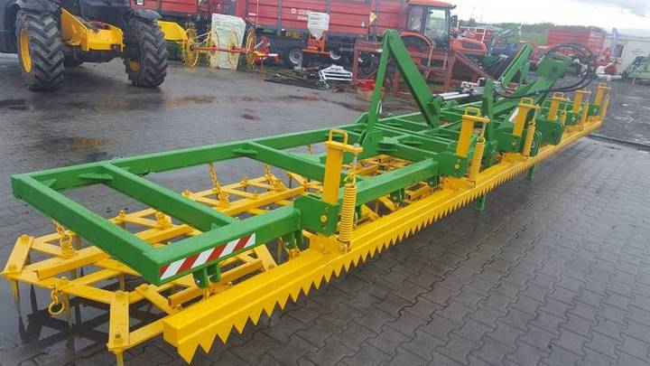 Top-Agro Meadow Heavy Tine Harrow, 8,5m / 8 Poles, 70x12 - 2018