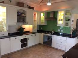 Used Kitchen Cupboards and Granite tops
