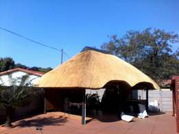 Thatch roofs & lspas