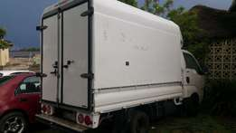 2010 Kia K2700 with nice Canopy and affordable