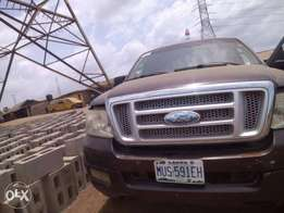 A clean registered ford F150 pick- up for sale, 2005 double cabin